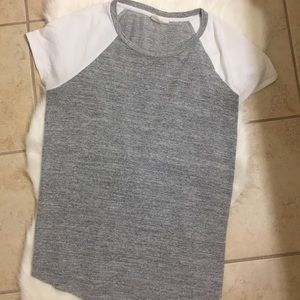 GAP baseball style tee, grey with white sleeve